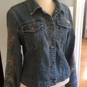 Max Studio embroidered jean jacket. Sz S